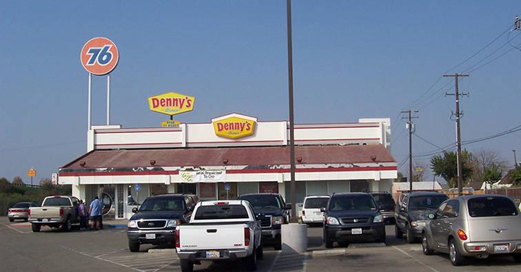 Denny's Kingsburg, CA